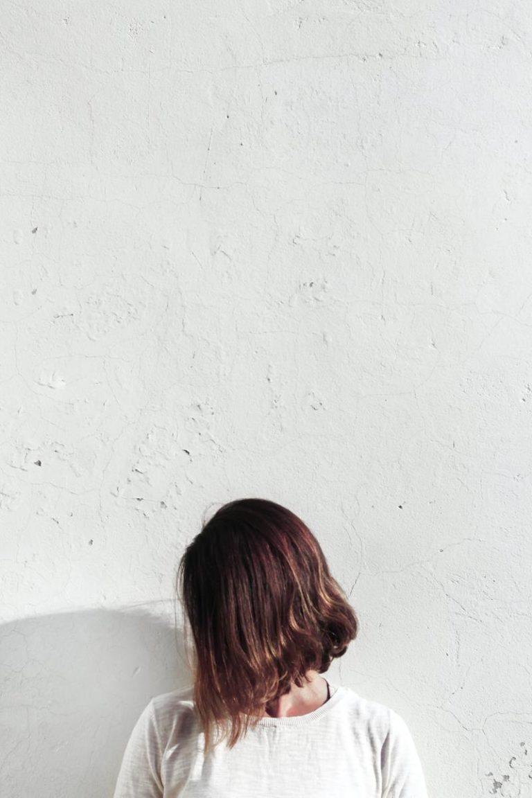 Trwałe i bezpieczne farbowanie włosów henną