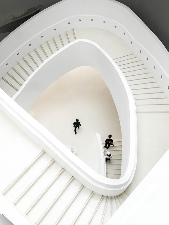 Dlaczego nie zainstalujecie u siebie schodów kamiennych?
